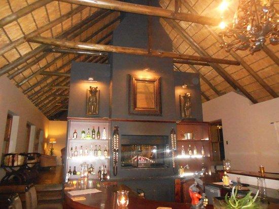 Amakhala Game Reserve, แอฟริกาใต้: FB_IMG_1480261621723_large.jpg