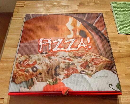 Kloten, سويسرا: Pizza 🍕 Hot House 🏡