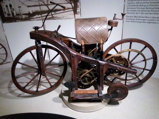 Neckarsulm, Alemania: Deutsches Zweirad-Museum