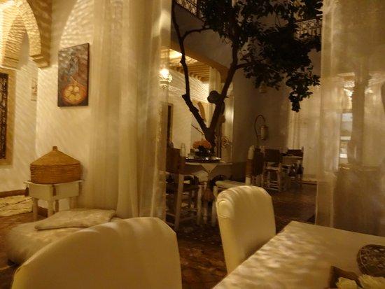 Riad les Orangers d'Alilia Marrakech: Salon