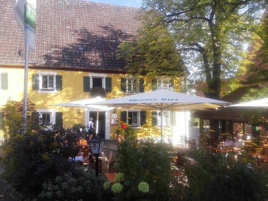 Spalt, Almanya: Landgasthof Stache Biergarten