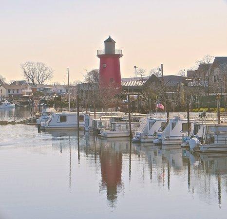 Island Park, NY: Jordan Lobster Farm Lighthouse