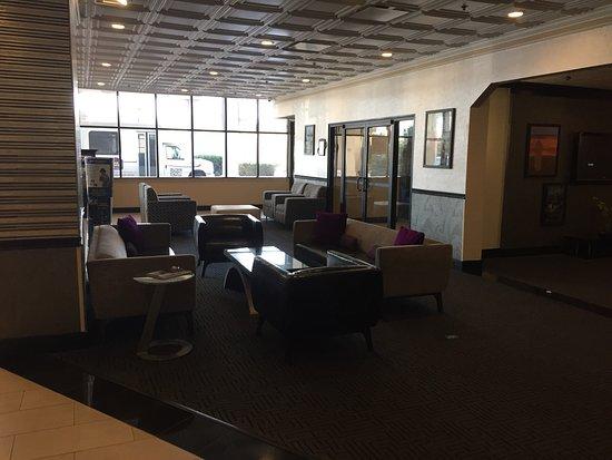 Best Western Plus Rockville Hotel & Suites: Lobby