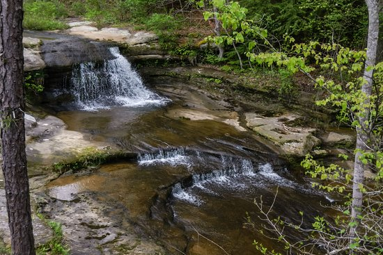 Hocking Hills State Park: Above Upper Falls