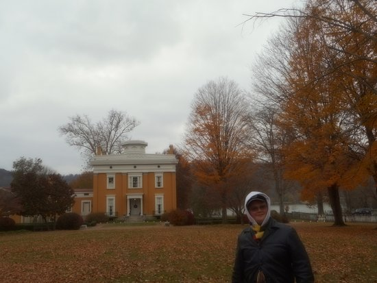 Lanier Mansion: late autumn afternoon