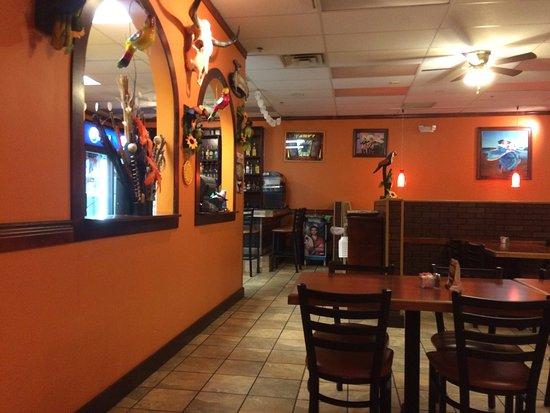 Clarksburg, WV: Inside decor