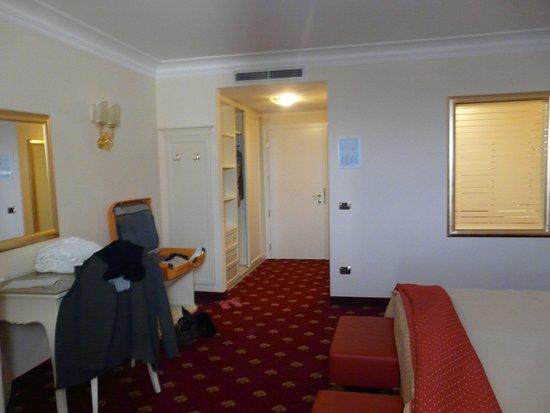 Hotel All'Alba: interno della camera