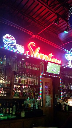 Hermitage, TN: Shooter's bar