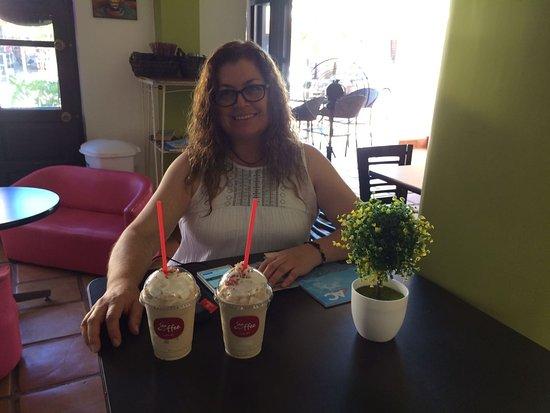 Sea Coffee Loreto: Ricos frappes para llevar
