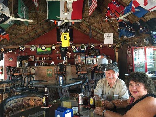 Chasers Sports Bar : photo2.jpg