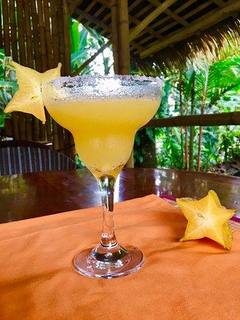 Ojochal, Kosta Rika: Margarita de Carambola, original y exótico, me gusto mucho :)
