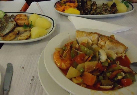 restaurante jotta 13 cataplana sardinhas e misto de peixes