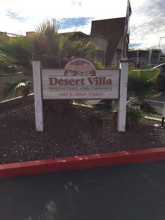 BEST WESTERN Desert Villa Inn: photo1.jpg