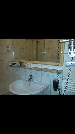 Hotel Caesar Prague: Screenshot_2016-11-27-21-32-38_large.jpg