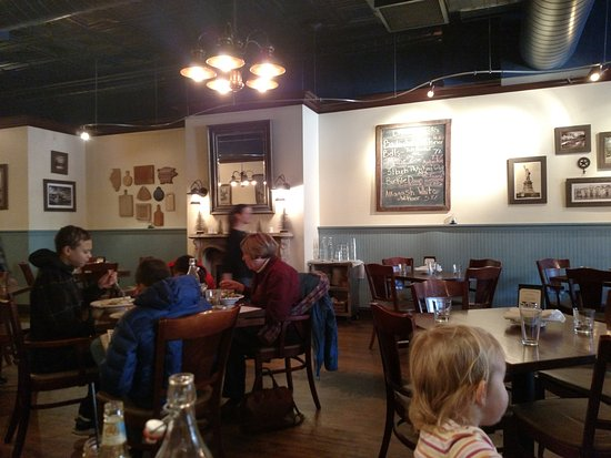 La Grange, IL: Main dining area