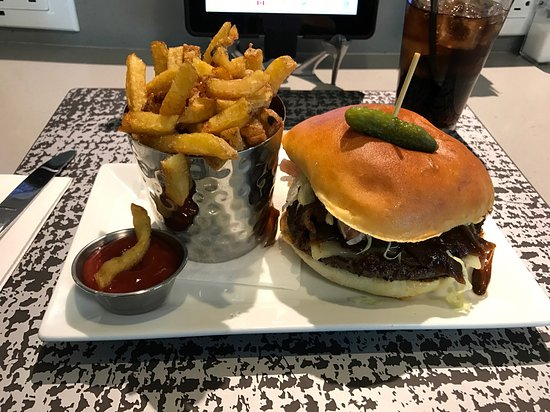 Nobel Burger Bar