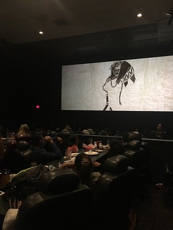 Haverhill, MA: Chunky's Cinema Pub