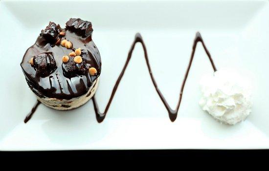 Malta, Нью-Йорк: Reese's Peanutbutter Cake