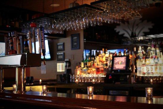 Malta, Nova York: Bar room