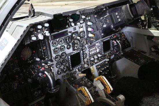 Moorabbin, Avustralya: F-111 cockpit under power