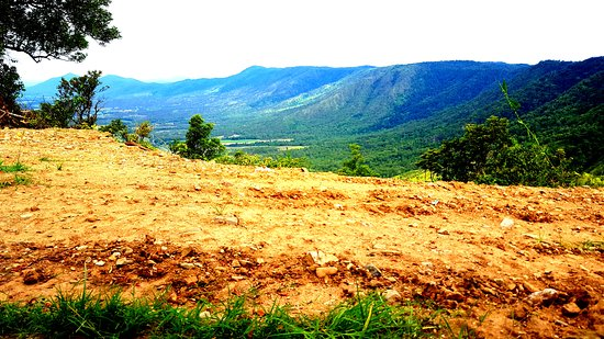 Eungella, Australia: Absolutely stunning views from the bedroom and balcony! (Had to add an edited photo! Lol)