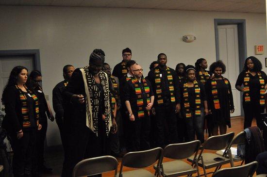 Peterboro, État de New York : BME preforming old spirituals