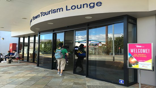 Harbour Town Outlet Shopping Centre: Tourism Lounge to collect your Free Discount Card