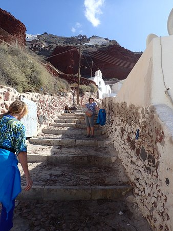 Santorini Sea Trips Anemos: Climbing the 250 steps