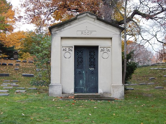 a mausoleum picture of lake view cemetery cleveland tripadvisor