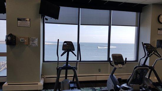 Flagship Resort: fitness room