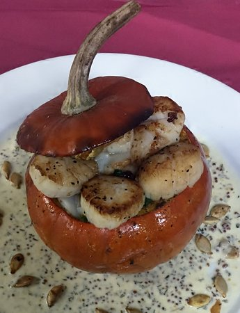 North Kingstown, RI: Lemon Pepper Scallop Stuffed Pumpkin