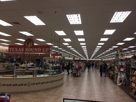 Waller, TX: Cavernous store