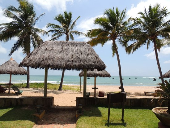 Pousada Jambo: Salida al mar desde la pileta de la Pousada!!!