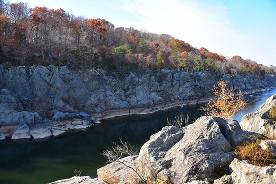 Potomac, MD: Billy Goat Trail at C&O Canal Park