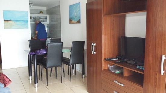 Apart hotel punta sol desde punta del este for Muebles en punta del este uruguay