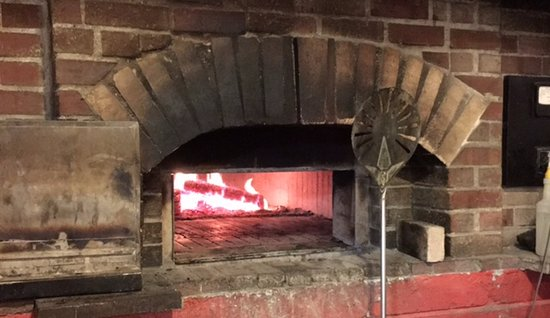 Roan Mountain, TN: The oven at Smoky Mountain Bakers