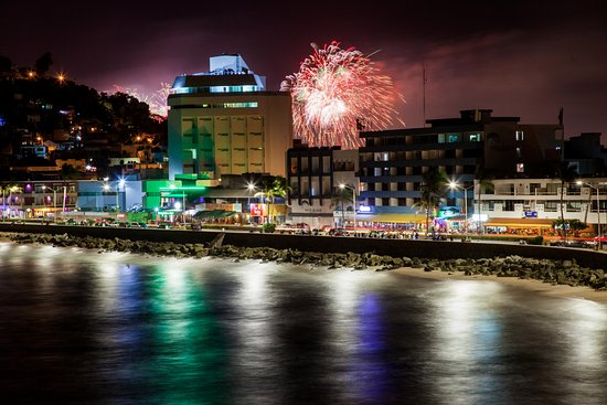 Casa Lucila Boutique Hotel: Fireworks display for Mazatlan Marathon