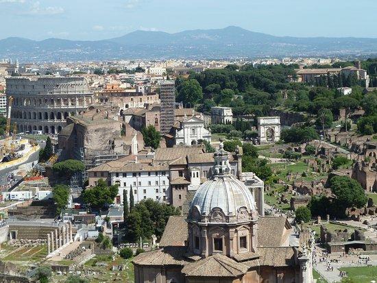 Terrazza delle Quadrighe - Colosseum & Roman Forum - Picture of ...