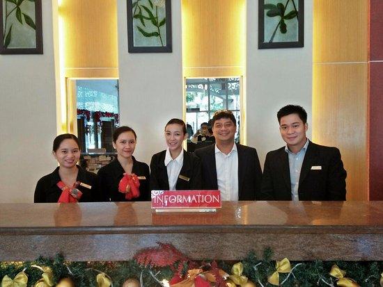 Hotel Elizabeth Cebu: Front Office