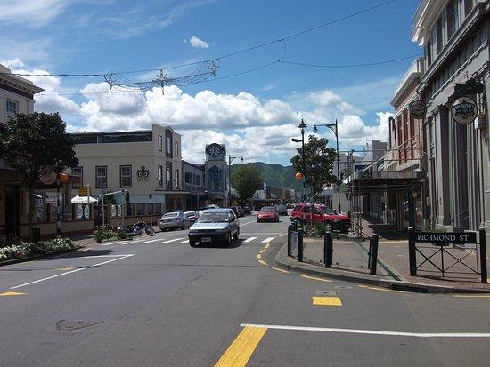 Lower Hutt, Νέα Ζηλανδία: Main street Petone