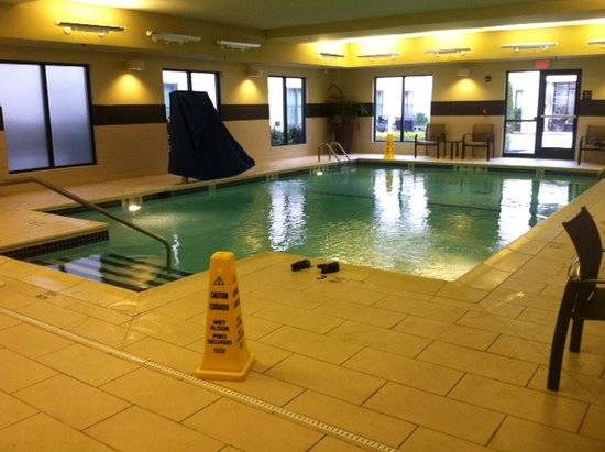 Homewood Suites by Hilton Carle Place - Garden City: Good rectangle for swimming. Light room.