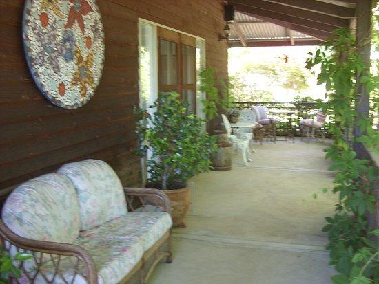 Sutton, Australia: Outdoor veranda