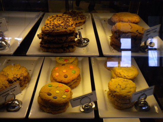 North Saanich, Canada: fresh baked cookies