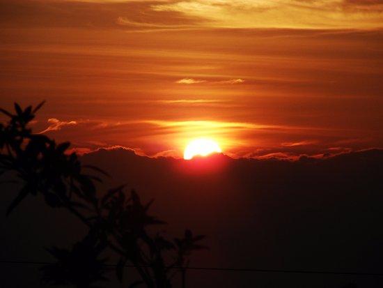 Santa Elena, Colombia: amanecer desde casa de campo