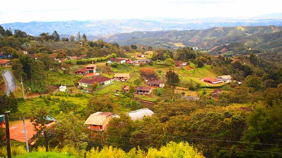 Santa Elena, Colombia: panorama de la vereda San Ignacio donde se encunetra casa de campo