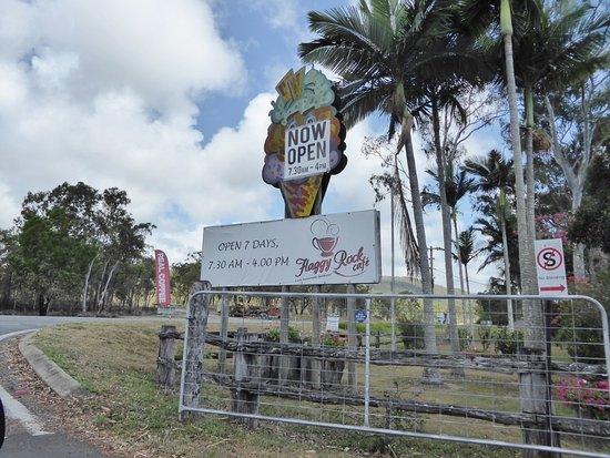 Carmila, Australia: Entrance off highway