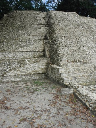District de Belize, Belize : Limestone brick work