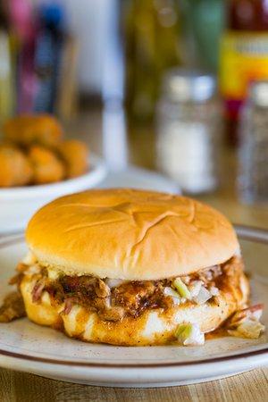 Lindsey's Hospitality: Bar B Q Sandwich!