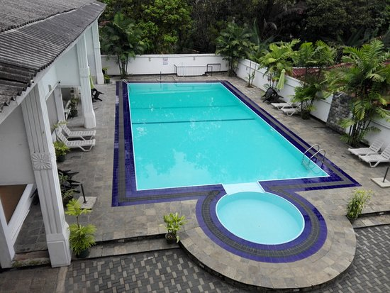 Fresh Swimming Pools for Homes