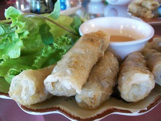 Nems - Spring rolls - Picture ...